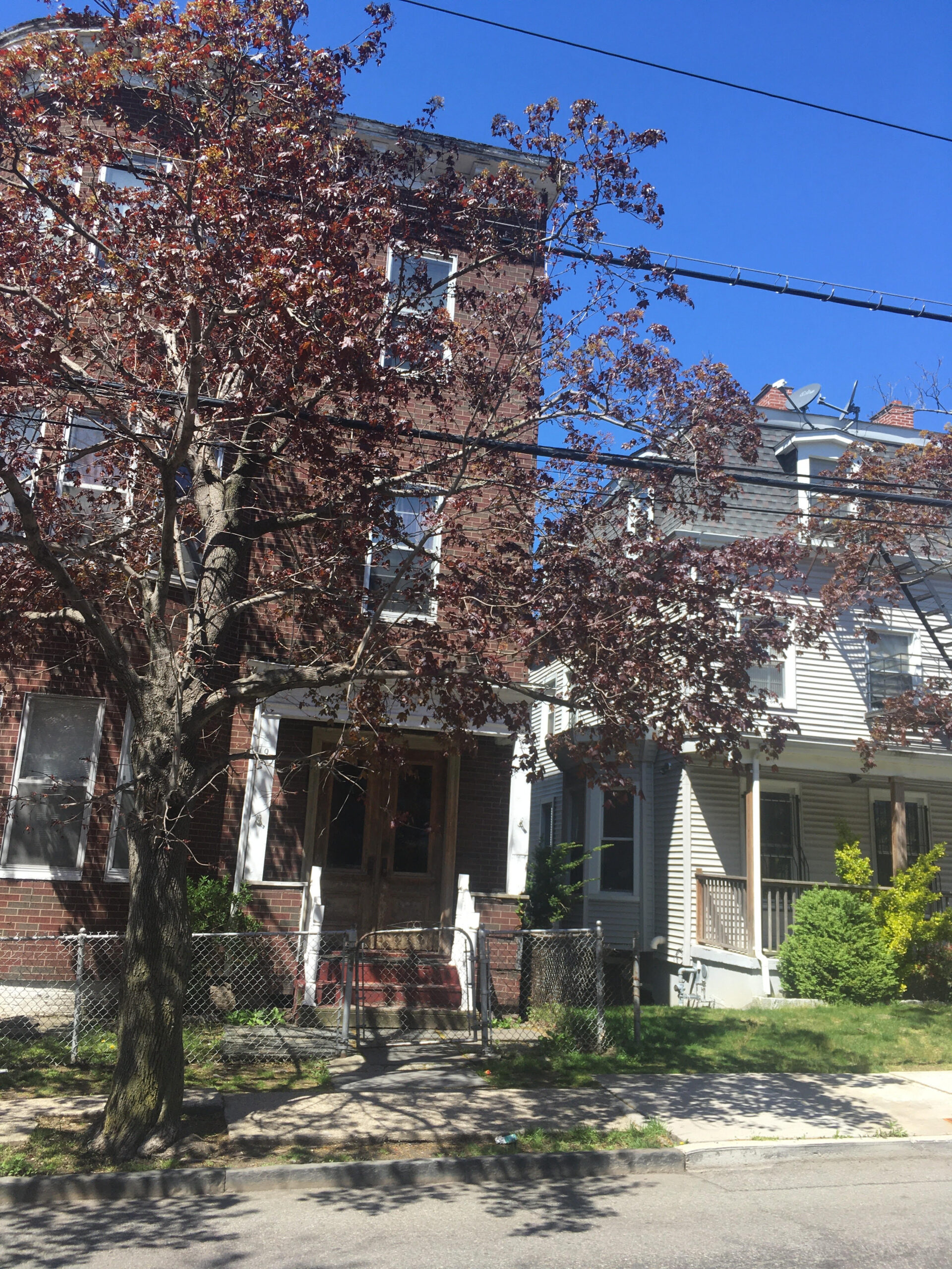 Yonkers 16 Bedroom House on 3 Parcels Of Land